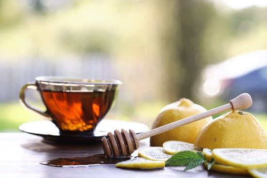 Honey, Lemon Juice and Sugar Mask